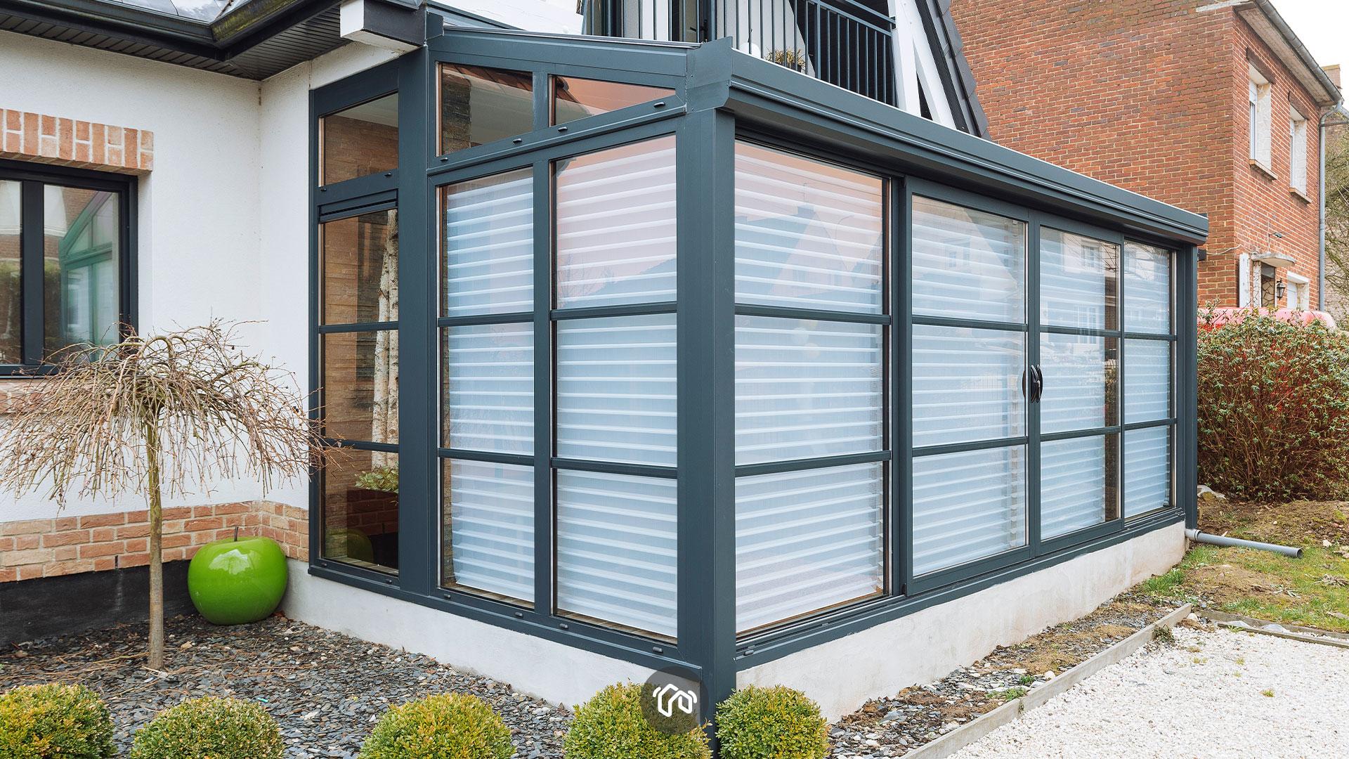 fenetres-bleue-veranda